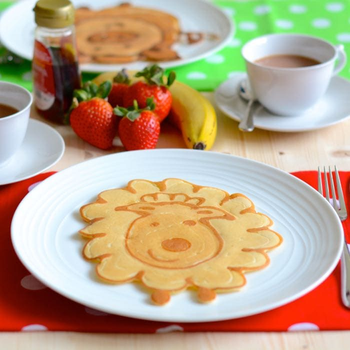 How to make farmyard animal pancakes