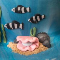 Octonauts birthday cake - zebra fish and a giant clam
