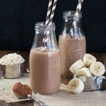 Coconut banana chocolate smoothie 5