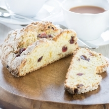 Marzipan-Cherry-Soda bread-10
