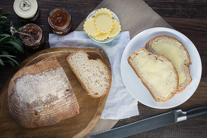 Making homemade butter is quick, easy and fun. This simple recipe will have you making your own in minutes.