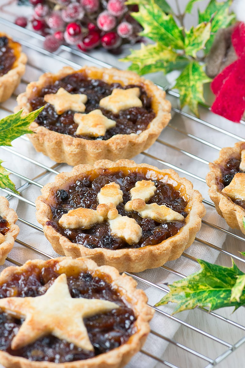 Christmas Pies.Pretty Mince Pies