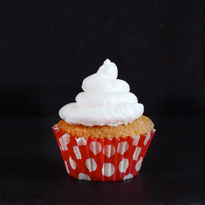 queen-of-puddings-caupcakes-14