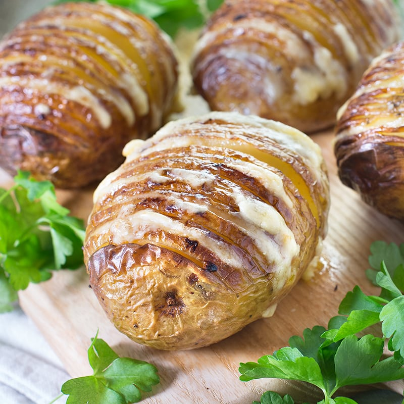 cheese-hasselback-potatoes-1