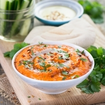 red-pepper-and-sweet-chilli-hummus-6