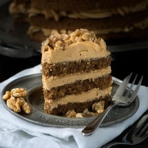 Coffee-Walnut-Cake-3