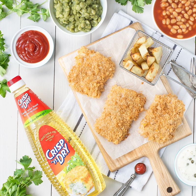 Delicious cod in a crispy lemon coating with soft, yet crunchy chips all made in one tray. The perfect way to celebrate the RNLI fish supper.