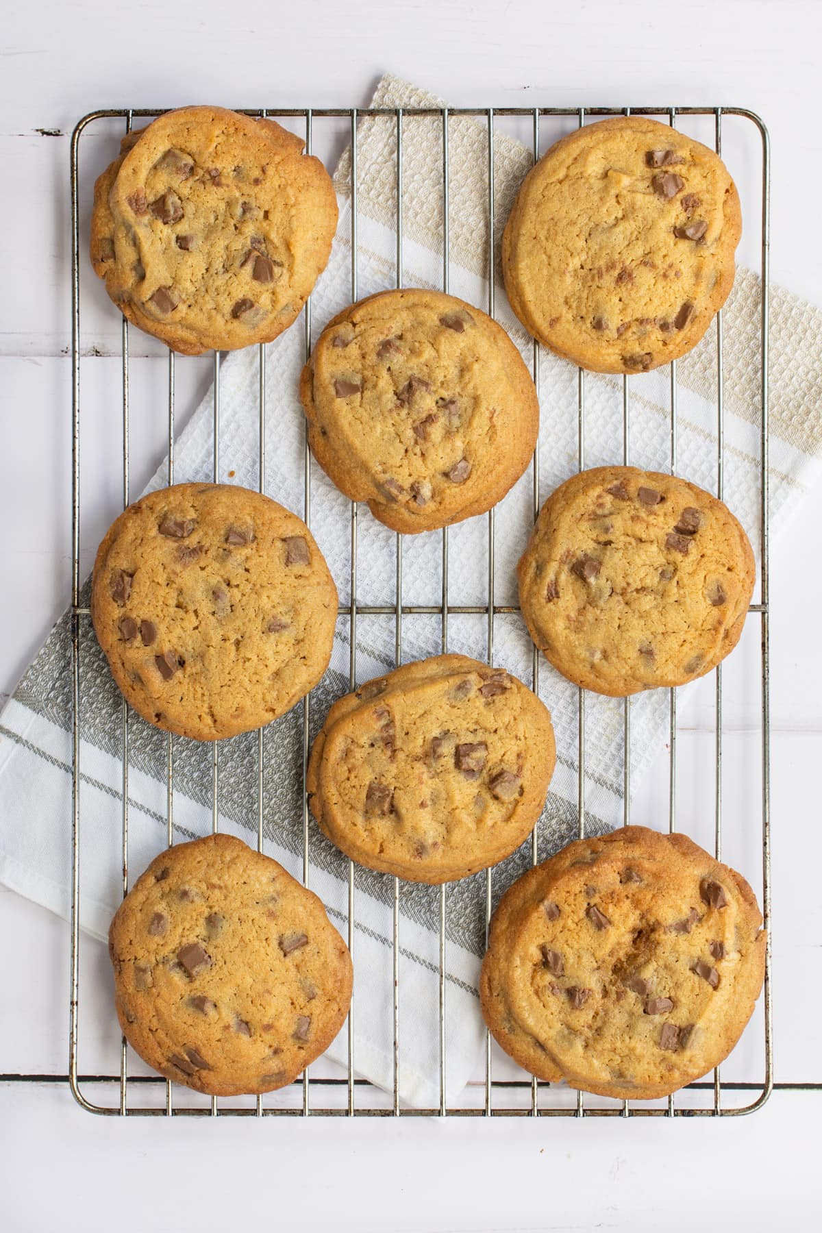 Delicious chunky chocolate chip cookies that the cookie monster would go crazy for. Soft in the middle, crunchy at the edges and packed full of milk chocolate chunks.