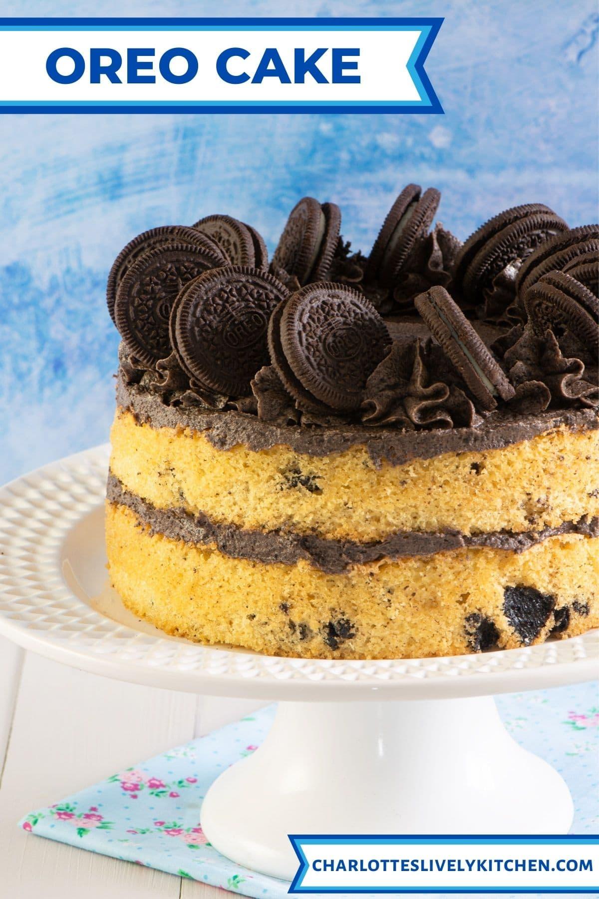 Oreo cake on a cake stand.