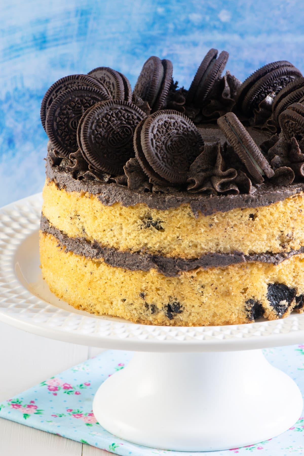 Oreo cake on a plate